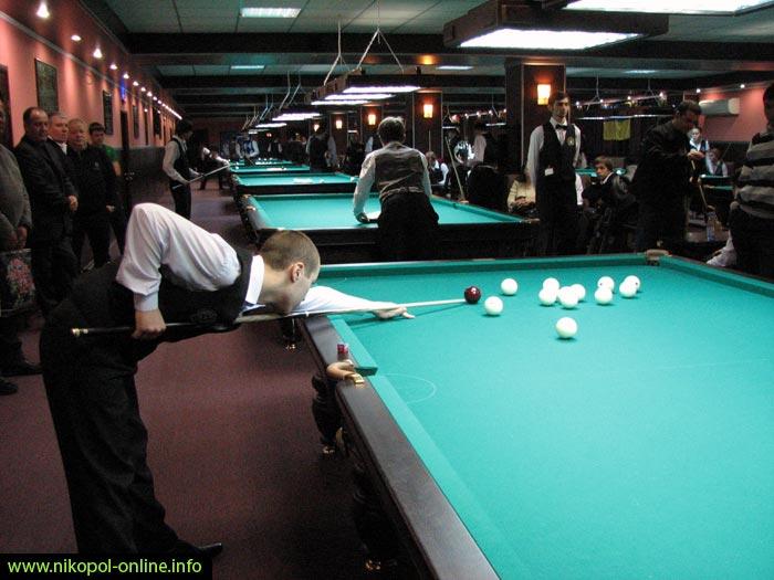 Billiard 8 ball ball, golf, christmans, pit, football, crystal, prism, flower, tennis, glow, bearing, macro, one